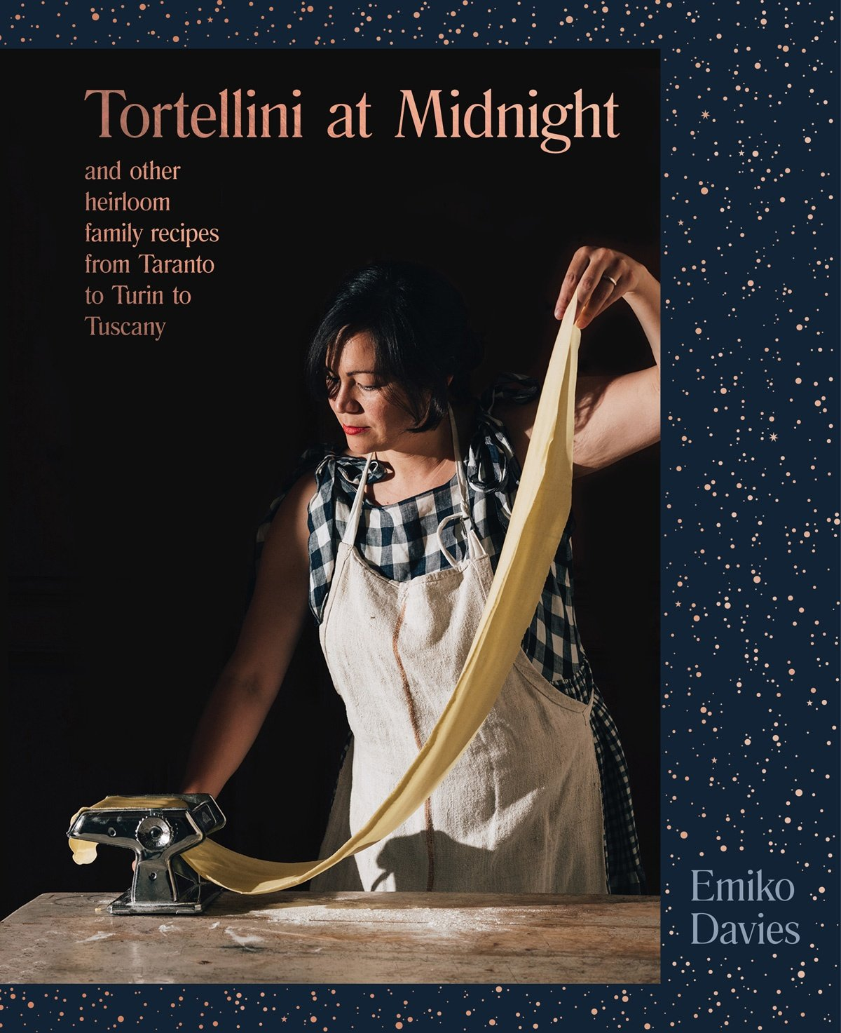 Book cover of Tortellini At Midnight by Emiko Davies