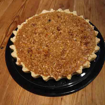 Walnut and honey pie