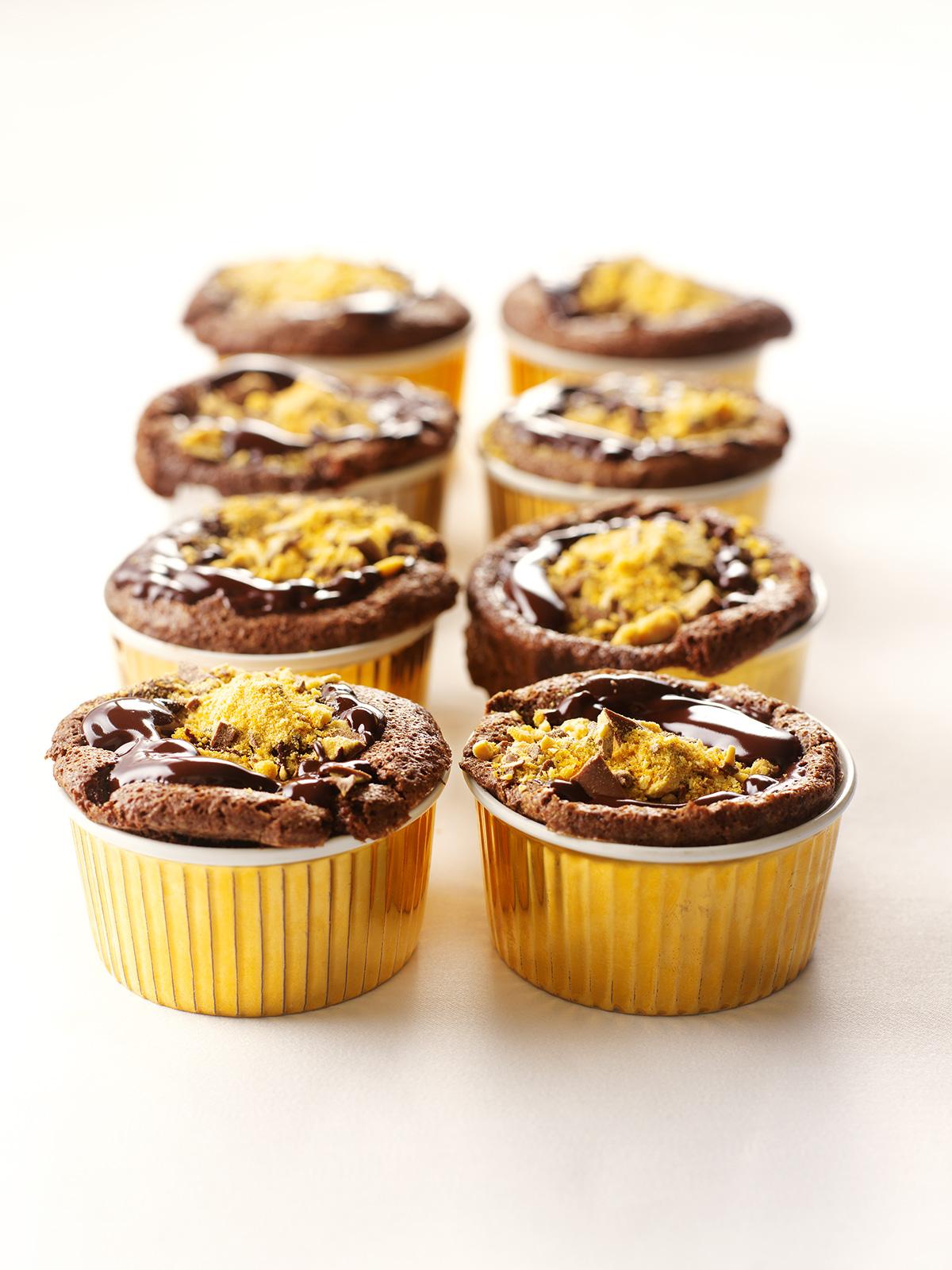 Glitzy Chocolate Puddings