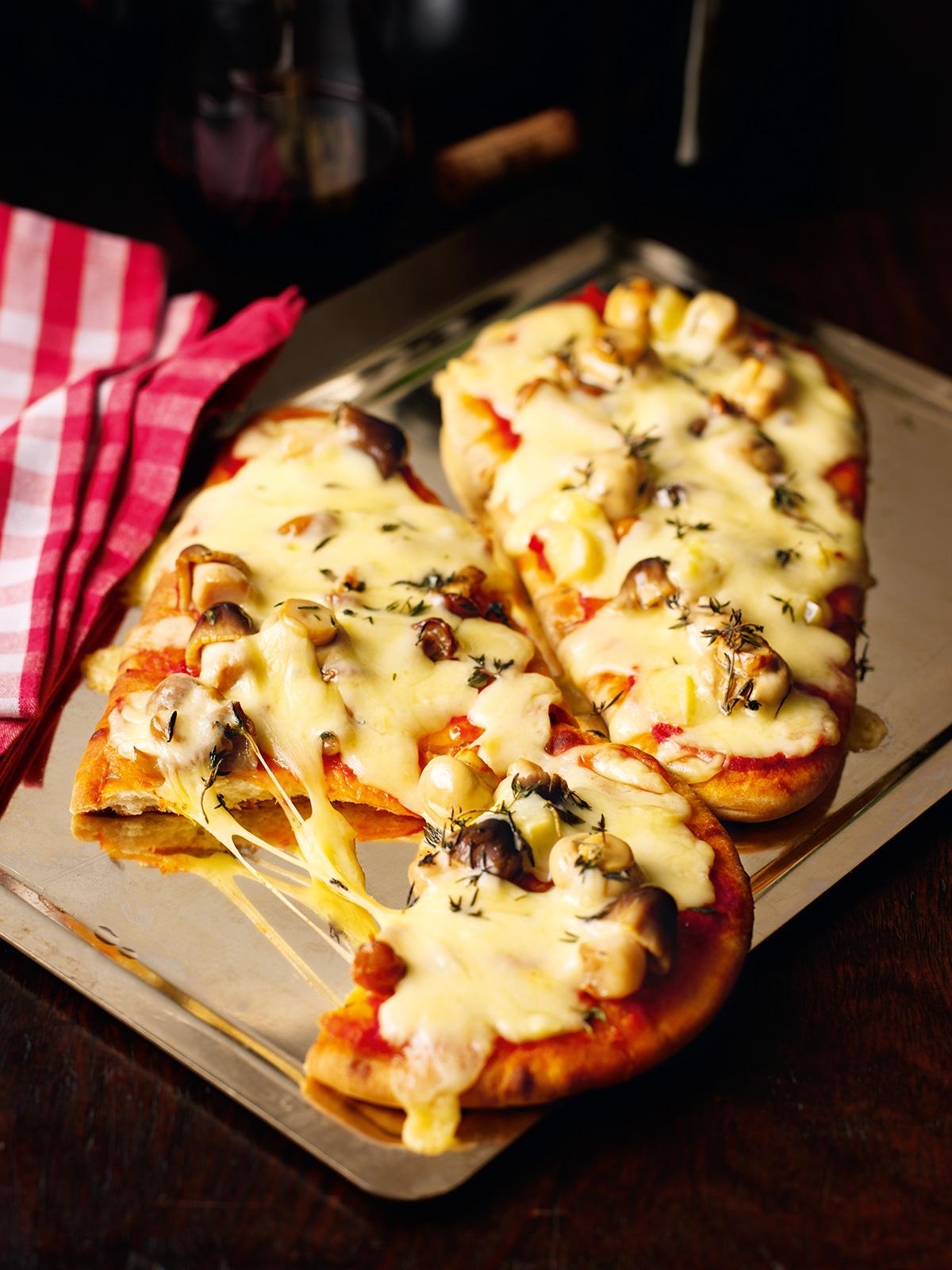 Naan Pizza Nigella S Recipes Nigella Lawson
