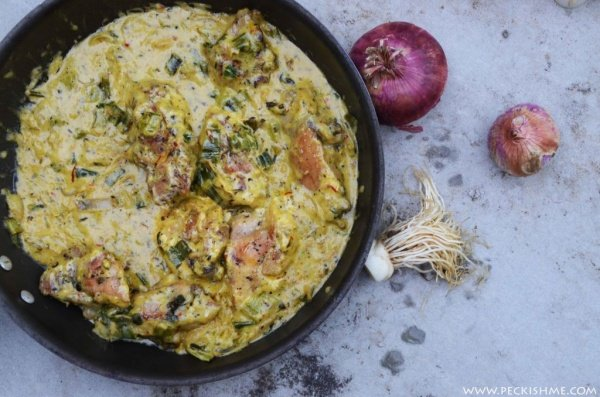 Creamy chicken with tarragon and leeks