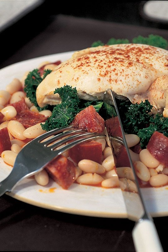 Chicken With Chorizo and Cannellini Beans