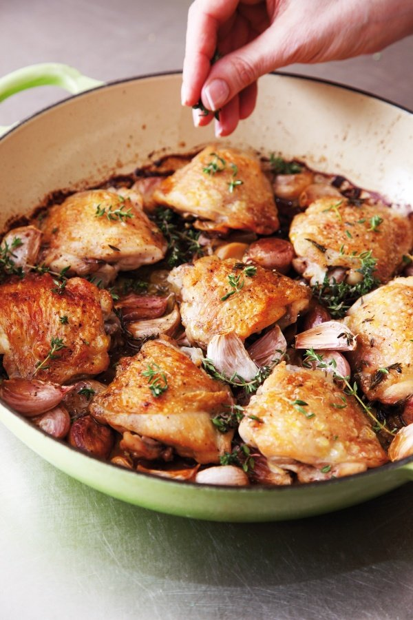 Image of Nigella's Chicken With 40 Cloves of Garlic