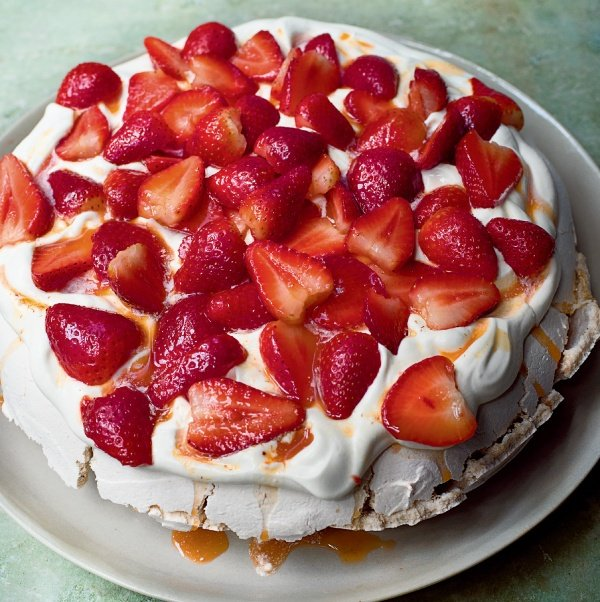 Image of Nigella's Rose and Black Pepper Pavlova