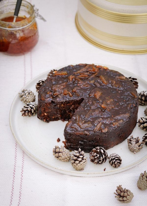 Date and Marmalade Christmas Cake