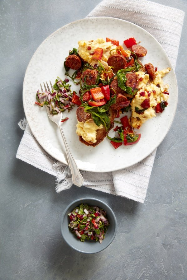 SPANISH CHORIZO AND SCRAMBLED EGG BRUNCH