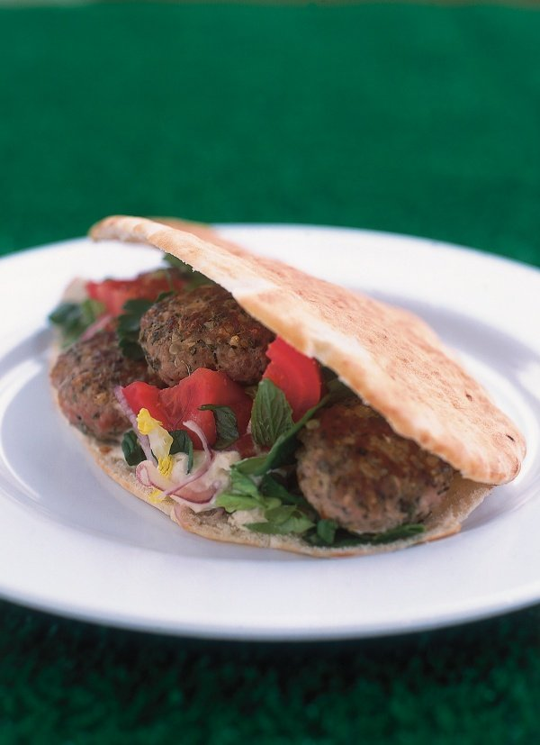 Lamb Patties With Hummus and Pitta