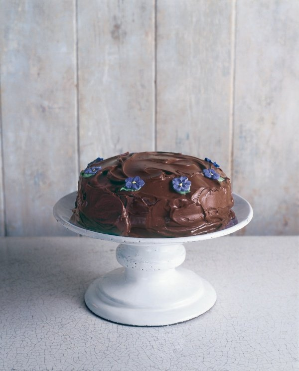 Nigella Lawson Old Fashioned Chocolate Cake Youtube