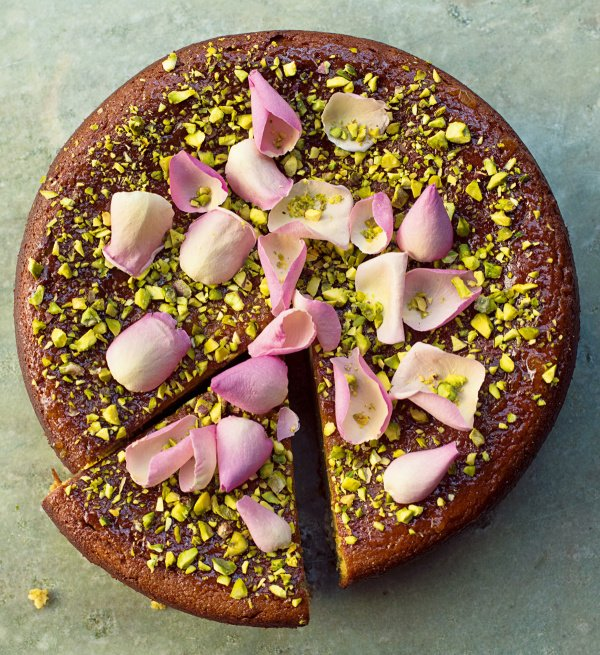 Image of Nigella's Pear, Pistachio and Rose Cake