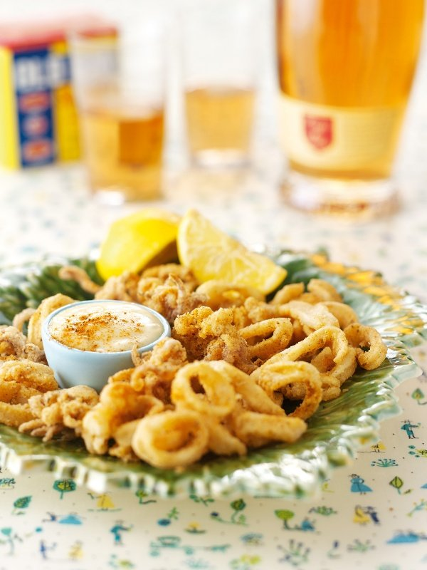 Quick Calamari With Garlic Mayonnaise