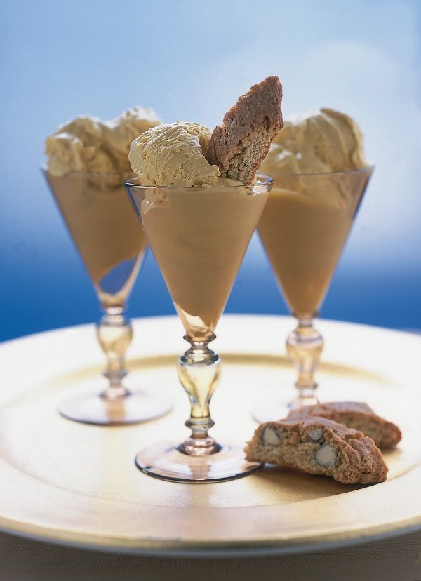 Vin Santo Ice Cream With Cantuccini